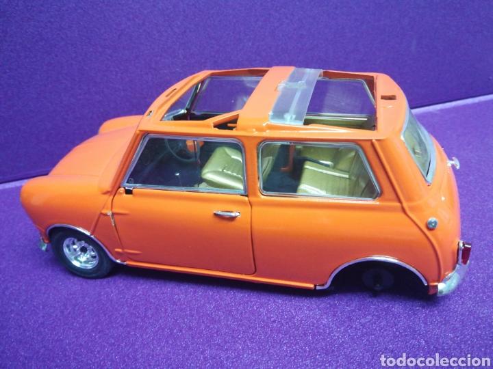 Coches a escala: Mini Cooper clásico ÚNICO 1/16 (1:18) Morris de Solido - Foto 2 - 167621962
