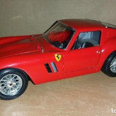 Coches a escala: FERRARI GTO 1962 BURAGO 1:18 ITALY. Lote 169088004