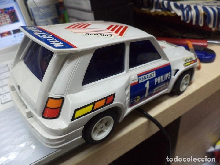 Coches a escala: Renault 5 Maxi Turbo esc.1/18 radiocontrol.Shinsei años 80. - Foto 5 - 169153821