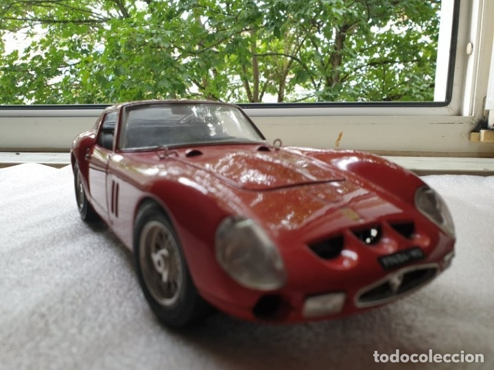 Coches a escala: Ferrari GTO 1:18 BURAGO 1962 - Foto 6 - 173970369