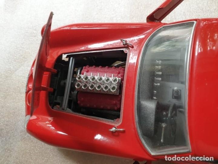 Coches a escala: Ferrari GTO 1:18 BURAGO 1962 - Foto 12 - 173970369