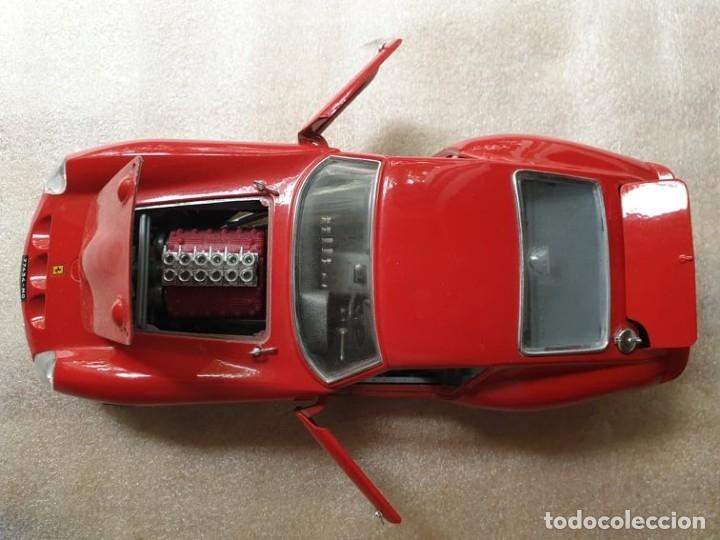 Coches a escala: Ferrari GTO 1:18 BURAGO 1962 - Foto 13 - 173970369