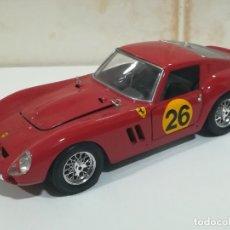 Coches a escala: BURAGO FERRARI GTO DE 1962 ESCALA 1/18. Lote 174404244
