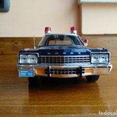 Coches a escala: DODGE MONACO POLICE 1 18. Lote 222033070