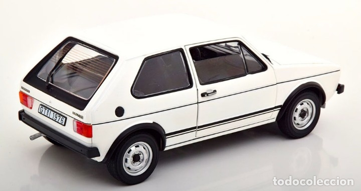 Coches a escala: Volkswagen Golf I GTI 1976 escala 1/18 de Norev - Foto 2 - 195189260