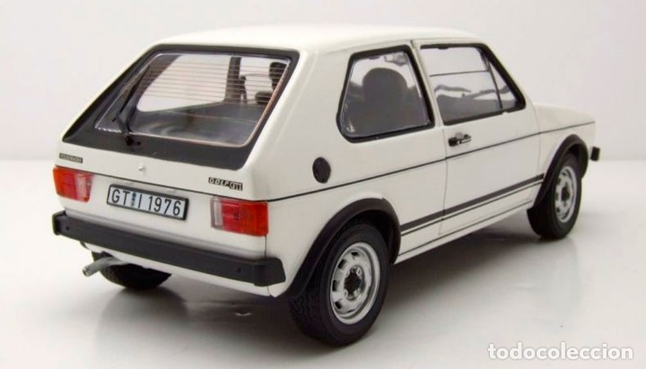 Coches a escala: Volkswagen Golf I GTI 1976 escala 1/18 de Norev - Foto 4 - 195189260