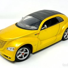 Coches a escala: CHRYSLER PRONTO CRUIZER SCALE 1/18 MAISTO. Lote 189106021