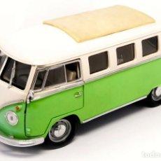 Auto in scala: VOLKSWAGEN T1 MICROBUS 1962 ESCALA 1/18 DE LUCKY DIE CAST. Lote 229809910