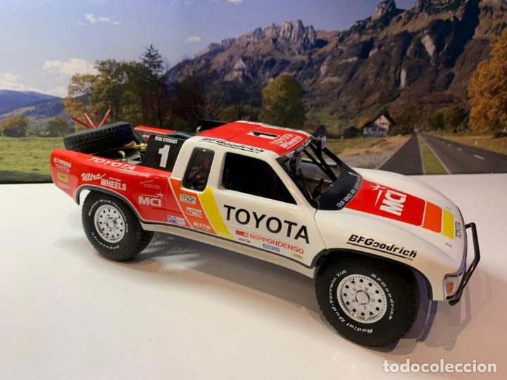 Coches a escala: Toyota Tropy Autoart 1.18 - Foto 2 - 193855376