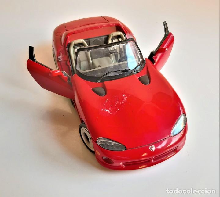 BURAGO DODGE VIPER RT10 ESCALA 1/18 METAL ROJO (Juguetes - Coches a Escala 1:18)