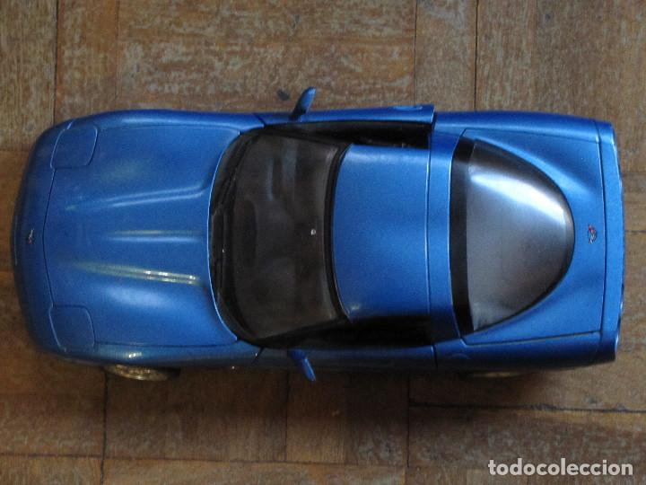 CHEVROLET COIRVETTE C5. 1997. BURAGO. ESCALA 1:18. MADE IN ITALY. 25 CM. (Juguetes - Coches a Escala 1:18)