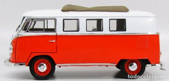 Coches a escala: Volkswagen T1 Microbus techo plegable 1962 escala 1/18 de Lucky Die Cast - Foto 5 - 194687078