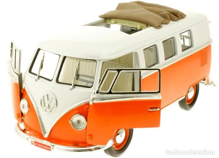 Coches a escala: Volkswagen T1 Microbus techo plegable 1962 escala 1/18 de Lucky Die Cast - Foto 7 - 194687078