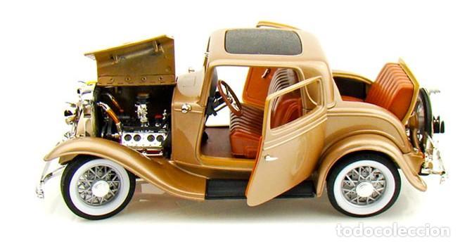 Coches a escala: Ford 3 Window Coupé 1932 escala 1/18 de Lucky Die Cast - Foto 4 - 194705353