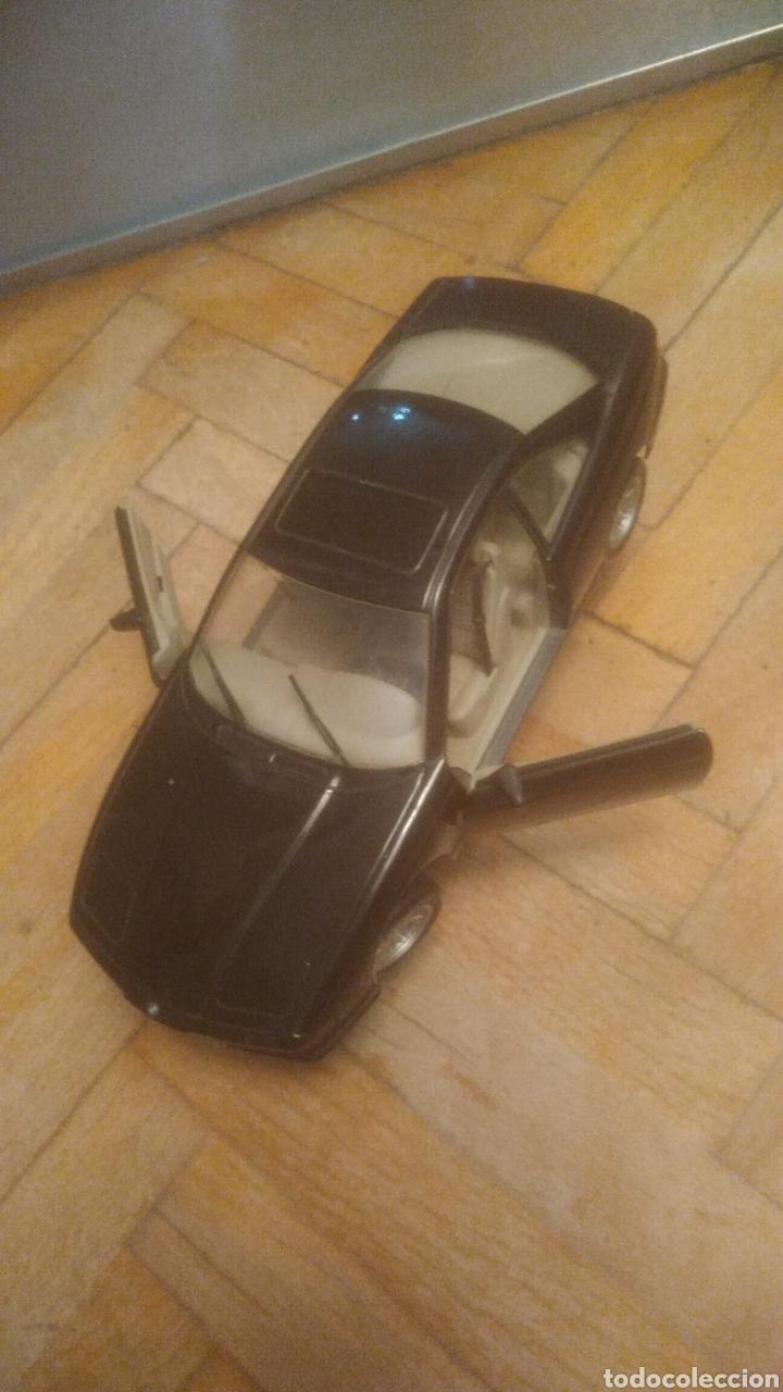 Coches a escala: BMW 850i. De Maisto. SIN JUGAR Y CON SOPORTE EXPOSITOR. MUY DIFICIL. VER FOTOS DE PUERTAS ABIERTAS. - Foto 2 - 194906406