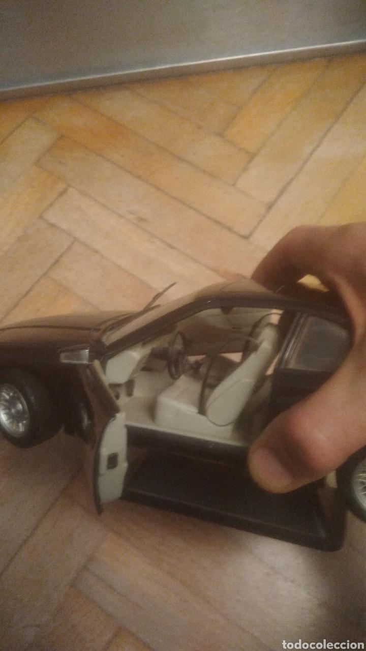 Coches a escala: BMW 850i. De Maisto. SIN JUGAR Y CON SOPORTE EXPOSITOR. MUY DIFICIL. VER FOTOS DE PUERTAS ABIERTAS. - Foto 5 - 194906406