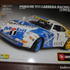 Coches a escala: PORSCHE 911 CARRERA RACING (1993) METALKIT A ESCALA 1/18 DE LA MARCA BURAGO. NUEVO. Lote 195090456