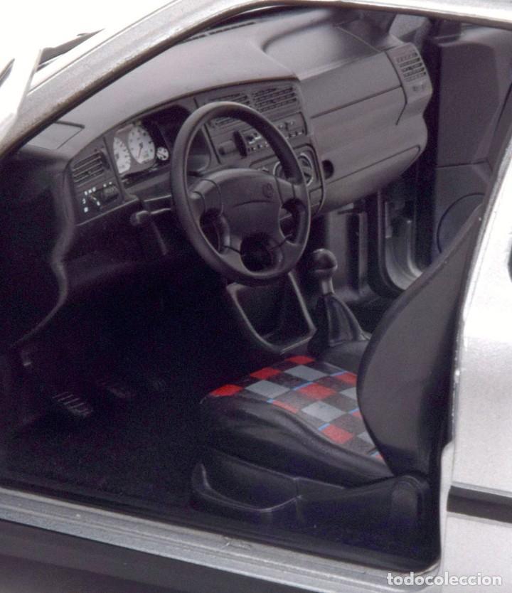 Coches a escala: Volkswagen Golf III GTI 1996 escala 1/18 de Norev - Foto 6 - 206252173