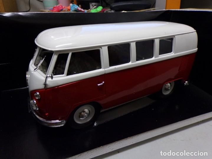 Coches a escala: preciosa furgo combi vitre 1966 v.w de solido francia en su caja , furgo perfecta - Foto 10 - 207459232