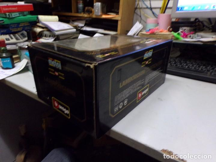 Coches a escala: coche burago escala 1/18 lamborghini countach 1988 con su caja - Foto 3 - 256073945