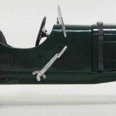 Auto in scala: ASTON MARTIN 1934 SOLIDO 1/18. Lote 207890613