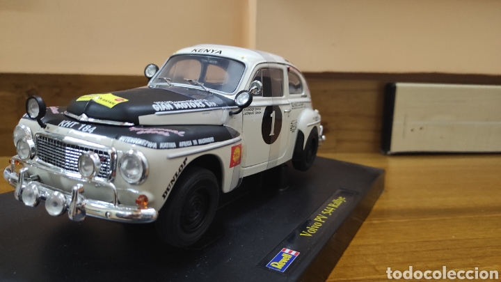 VOLVO PV 544 REVELL AFRICAN 1 18 (Juguetes - Coches a Escala 1:18)