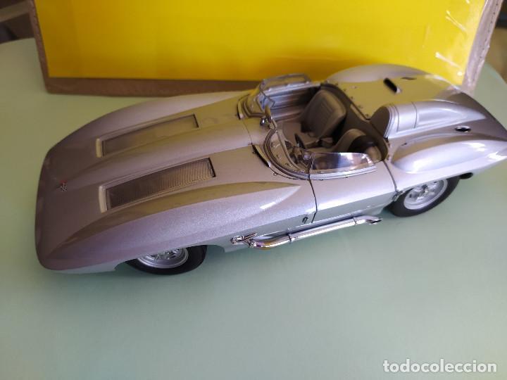 Coches a escala: AUTO ART CHEVROLET CORVETTE STINGRAY 1959 SIN RETROVISORES VER MÁS COCHES A LA VENTA - Foto 2 - 209752186