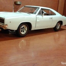 Coches a escala: DODGE CHARGER 1968 ERTL 1:18. Lote 210150223
