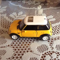 Coches a escala: COCHE MINI COOPER ESCALA 1/18 AMARILLO. Lote 212314510