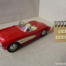 Coches a escala: CHEVROLET CORVETTE 1957 - BURAGO - 1:18. Lote 214453393