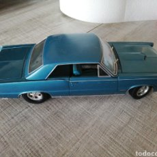 Coches a escala: PONTIAC GTO 1965 USED UNDER LICENCE, ESCALA 1/18, MAISTO MADE IN THAILAND. Lote 216808870