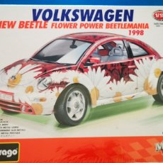 Coches a escala: VOLKSWAGEN NEW BEETLE FLOWER POWER A ESTRENAR. Lote 218339745