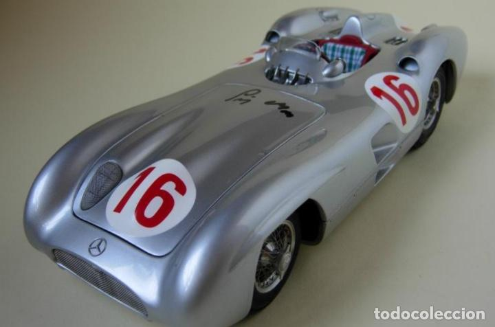 "Coches a escala: CMC MODELS M-059 escala 1/18 MERCEDES-BENZ W 196 R ""STREAMLINER"" #16 Autógrafo real de STIRLING MOSS - Foto 1 - 220251035"