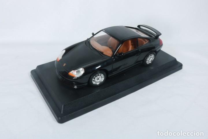 Coches a escala: Porsche GT3 - Miniatura - Marca Burago - En su embalaje original y como nuevo - Coleccionistas - Foto 4 - 240156865