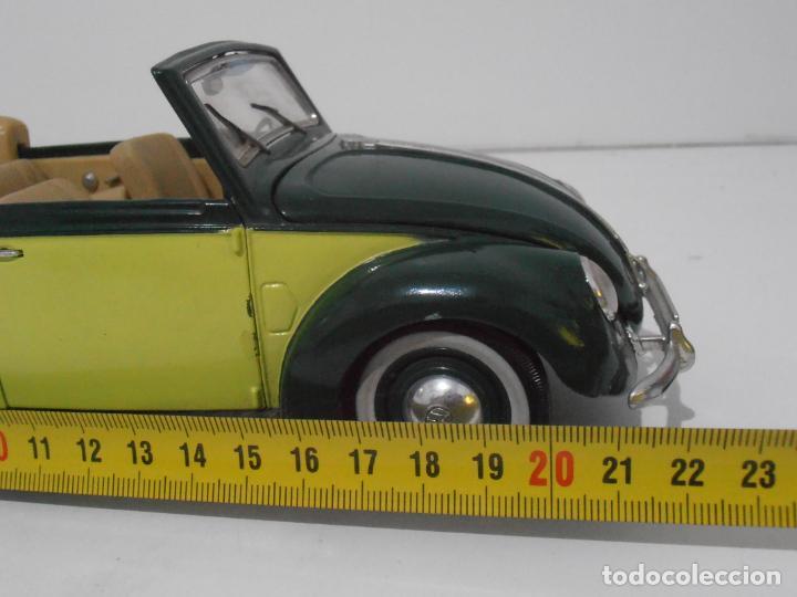 Coches a escala: COCHE A ESCALA 1/18, VOLKSWAGEN ESCARABAJO VERDE 1951 MAISTO - Foto 6 - 247965805