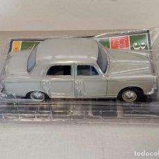 Carros em escala: PEUGEOT 403 BERLINA 1965 SALVAT. Lote 260389660