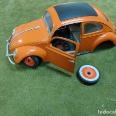 Coches a escala: MAJORETTE 1:17 - VOLKSWAGEN VW COCCINELLE BEETLE ESCARABAJO PARA PIEZAS O RESTAURAR. Lote 265421424
