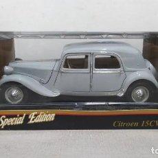 Coches a escala: CITROEN 15CV 6 CILINDROS(1952). MAISTO SPECIAL EDITION1/18 NUEVO EN CAJA.. Lote 287698498