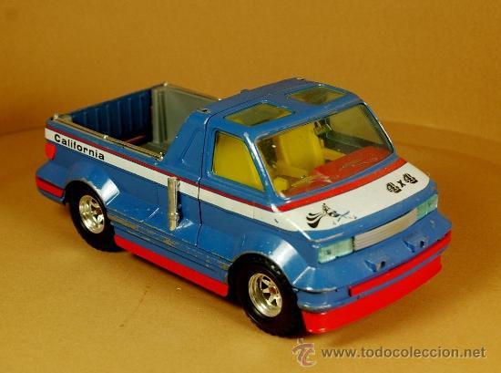 Coches a escala: GMC CALIFORNIA VAN Modelo Exclusivo de BBURAGO Burago - Made in Italy Vintage 1983 - Foto 2 - 35271982