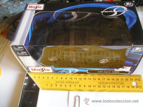 Coches a escala: MAISTO - Coche super deportivo JAGUAR XJ 220 color verde oscuro metal Escala 1/24 - EN CAJA ORIGINAL - Foto 2 - 38394462