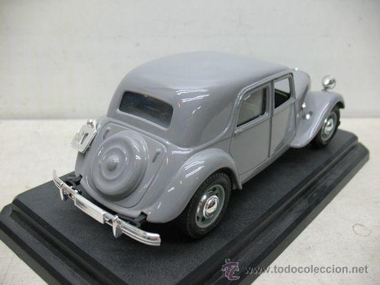 Coches a escala: BURAGO CITROEN 15CV -TA 1938 -METAL -ESCALA 1/24 - Foto 8 - 38840801
