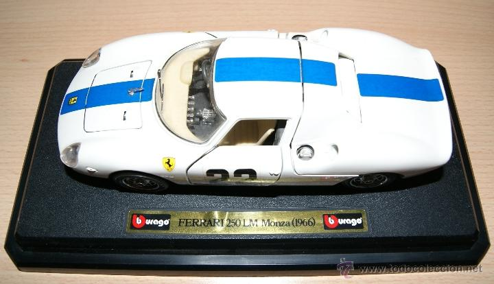 Coches a escala: Lote Coches Mercedes-Benz SSK 1928 / Ferrari F40 1987 / Ferrari 250 LM Monza 1966 - Burago - Foto 2 - 41436932