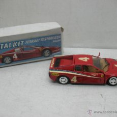 Coches a escala: REVELL - COCHE FERRARI TESTAROSSA 4 1988 METALKIT GOOD YEAR - ESCALA 1:24. Lote 42247673