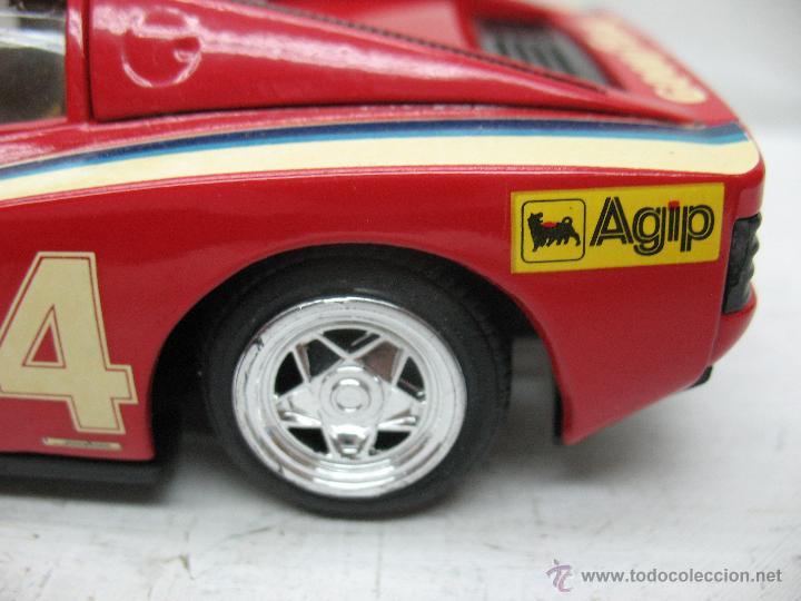 Coches a escala: Revell - Coche Ferrari Testarossa 4 1988 Metalkit Good Year - Escala 1:24 - Foto 6 - 42247673