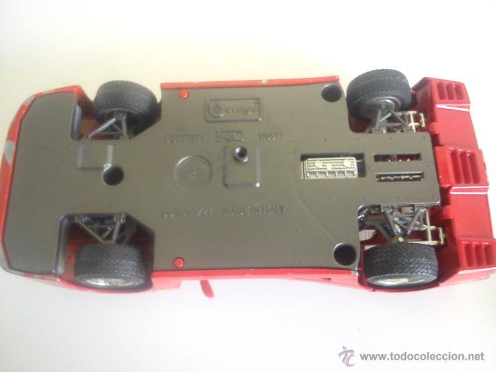 Coches a escala: COCHE FERRARY MARCA BURAGO,F.40 1987 SCALA 1/24 hecho de hierro y la base plastico. MADE IN ITALY - Foto 8 - 43834980