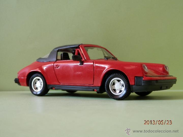 Coches a escala: PORSCHE 911 SC 1/24 POLISTIL LUGOY - Foto 3 - 46775542
