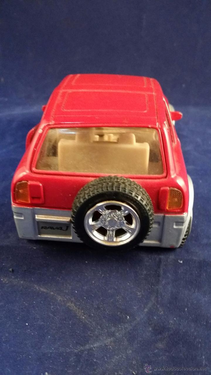 Coches a escala: Coche a escala 1:24 Toyota RAV4 - Modelo muy dificil de conseguir en 1:24. De metal - Foto 2 - 53004706
