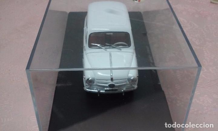 Coches a escala: COCHE FIAT 600 D 1960 ESCALA 1/24-1:24 LEO MODELS FIAT METAL MODEL CAR - Foto 2 - 175402644