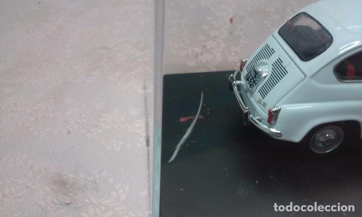 Coches a escala: COCHE FIAT 600 D 1960 ESCALA 1/24-1:24 LEO MODELS FIAT METAL MODEL CAR - Foto 5 - 175402644