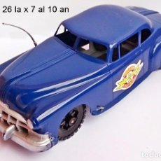 Coches a escala: RARO LOUIS MARX GREAT BRITAIN PLASTIC POLICE CHIEF CAR WITH SIREN AND FRICTION MOTOR. Lote 93625830